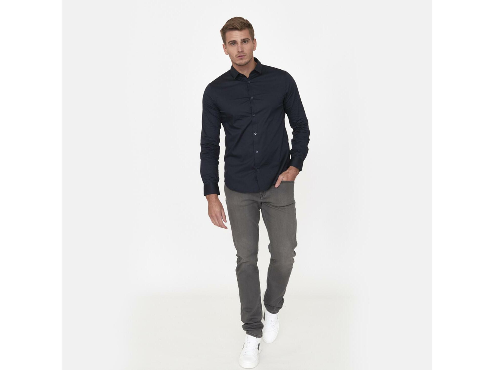 ARMANI EXCHANGE Moški jeans denim 3HZJ13 Z2QSZ 0904 30/L / DENIM SIVA